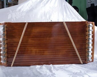 Chadagan (Tuvan zither)