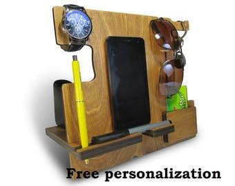 best mobile phone holder, smartphone mount, stand iphone, phone case stand, iphone 4 stand, phone stand designs, wooden smartphone stand