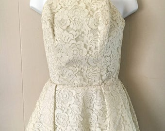 Vintage Cream Lace Strapless dress