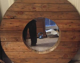 Wooden spool top mirror