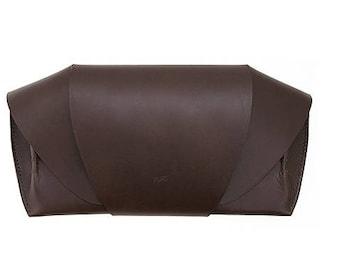 Yurt Croassant Bag Brown, 2 Ways Clutch & Shoulder bag
