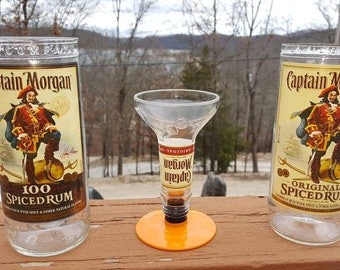 Captain Morgan Glassware and Shot Glass Set