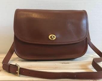 COACH Vintage Leather City Bag Brown Leather Satchel // Crossbody Bag // Flap Bag