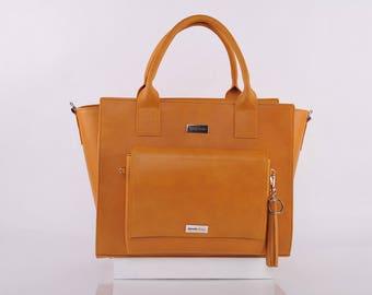 Desert Judith Messenger Bag