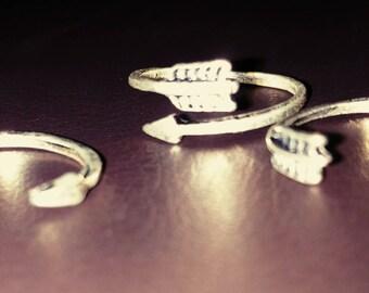 3 Arrow Rings