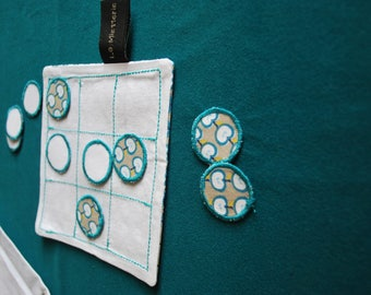 Tic tac toe /morpion / fabric portable strategy game