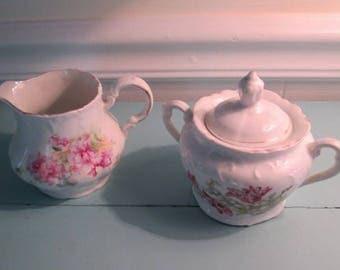 Charming vintage creamer and sugar set, porcelain creamer and , white porcelain creamer and sugar set,