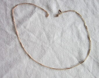 Vintage Gold Tone Odd Chain Link Necklace