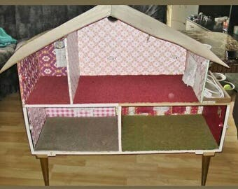 DDR discount! Hand-built Dollhouse with electrics, no inventory!