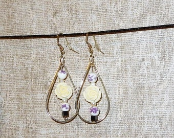 Purple bead white rose earrings with small hermite square.