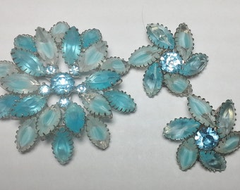 Vintage Glass Rhinestone Brooch and Earrings in shades of Blue