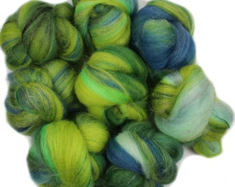 Imaginary Dragon -- mini batts (2 oz.) BFL wool, bamboo, silk, yak, sparkle.