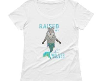 Raised by MerWolves WOMEN'S Scoopneck Tshirt in black or white