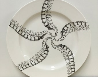 10.5 inch Spinal Column Pinwheel Pattern Dinner Plate ON SALE
