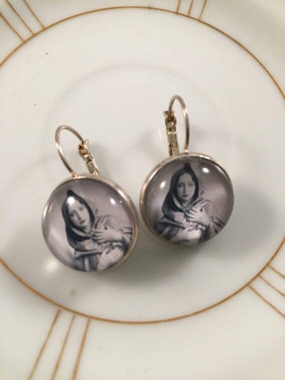 Anais Nin Earrings, Poet Earrings, Author Earrings, Gift for Her, Gift under 20, Girlfriend Gift, Sister Gift, Teacher Gift