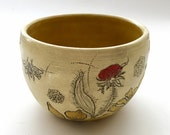 Yellow Flower & Bee Tea Bowl