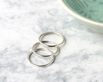 Heavy Sterling Silver Stacking Rings - Set of Three | Stacking ring set | Hammered rings | Simple ring | Ring trio | Silver stackable rings