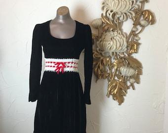 Fall sale 1960s dress black dress velvet dress 70s dress empire waist dress size small Vintage dress gothic dress