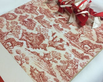 RED TOILE CLIPBOARD