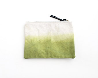 Olive green dipdyed pouch with zipper I