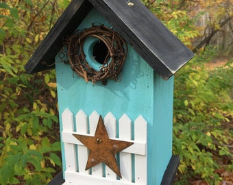 Turquoise Rustic Primitive Birdhouse White Fence White Metal Star Grapevine Wreath Country