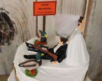 Duck Hunting Wedding Cake Topper, Grooms Hunting Cake Topper,  Wedding Cake Topper, Rustic Outdoors Lovers, Bride and Groom Cake Topper