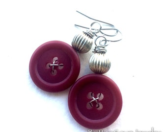 Red and Silver Vintage Button Earrings - Funky Chunky Jewelry