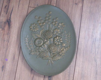 Vintage Avocado Green and Gold Wall Hanging Ceramic Plate
