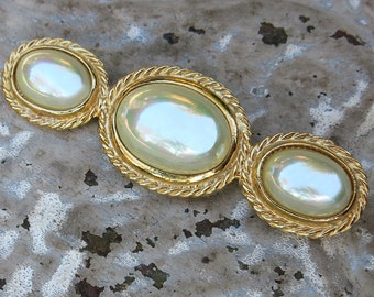 Vintage Carolee Pearl Brooch, Pin, Signed ... Long Vintage Bar Pin ... Large Oval Faux Pearl Cabochons, Pearlescent ... SALE!