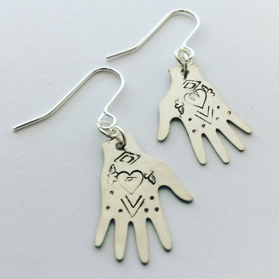 Frida Kahlo Hand Earrings Silver Tone - Heart Design - Tattoo - Folk Art - Festival - Boho