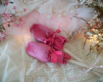 vintage pink velvet covered shoe lasts, satin ribbons, cream wood and metal painted shoe shaper trees, shabby cottage chic, pair