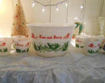vintage hazel atlas milk glass footed tom & jerry bowl and 6 cups, red and green christmas design, footed bowl, cups, punch bowl, eggnog set