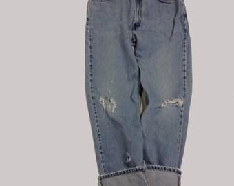 36 Raw Destroyed Vintage Levi Boyfriend  jeans 36 waist denim jeans