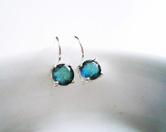 Labradorite Earrings. Sterling Silver and Labradorite Earrings. Sterling Silver Drop Earrings.  Silver Earrings. Silver Labradorite Earrings