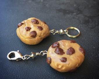 Chocolate Chip Chunk: Hand-sculpted Single Chocolate Chip Cookie for Knitters and Crocheters
