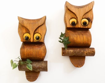 70's wood OWLS // carved wooden vintage wall hangings // set of 2 // made in Montana