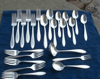 Set ARGOSY Silver Plate Flatware Silverplate Flatware Vintage Silver Forks Spoons Wedding Decorations Table Decor Farmhouse Set Of 23
