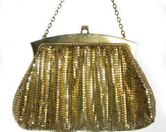 1950s Whiting and Davis GOLD Mesh Bag Purse / Chain Handle / Metal Mesh / Gold Metallic Designer Evening Bag