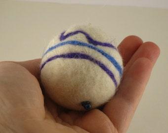 Needle Felted Ornament #1003 100% Wool ORIGINAL Mock Pie Studio