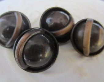 Vintage Buttons - Lot of 4 matching, brown and tan 1950's design, celluloid, (jan 133-17)