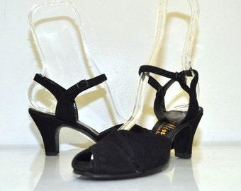 40s Vintage Black Leather Peep Toe Heels | by Hines | Size 6