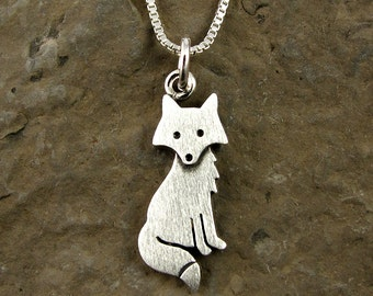Tiny fox necklace / pendant