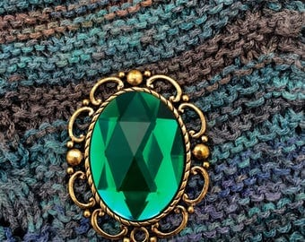 Magnetic Brooch, Shawl Pin-Sparkling Emerald