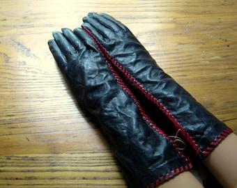 Anne Klein Black Leather Gloves, Size 7 1/2,Black with Red Stiching,Unused, Original Tags, Vintage Anne Klein, Black Leather Gloves