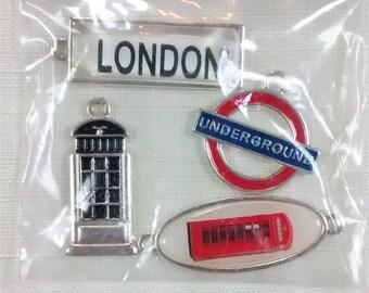 E-114c London Charms