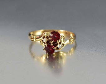 Victorian Garnet Engagement Ring, 14K Gold Antique Engagement Garnet Ring, Pearl Ring, Antique Jewelry, January Birthstone Ring