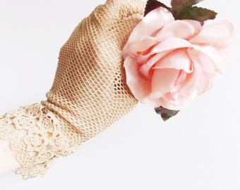 SPECIAL OFFER-Antique lace Gloves / Victorian beige wedding gloves/ 1900s crochet summer gloves/ steam punk fantasy bridesmaide gloves