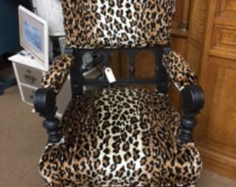 Vintage Chair in Leopard