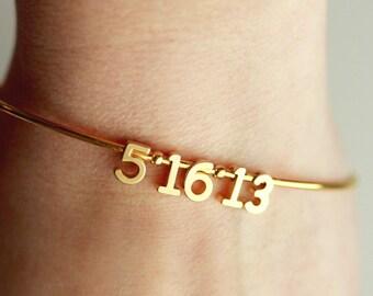 Date Bangle Bracelet - Date Bracelet, Number Bracelet, Anniversary Gift, Personalized Wedding Gift, Bridal Gift, Anniversary Bracelet