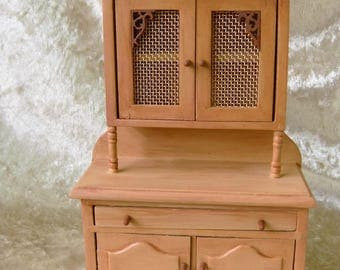 Dollhouse miniature hand-painted   beige / brown cupboard in 12th  scale cottage style with  copper net doors